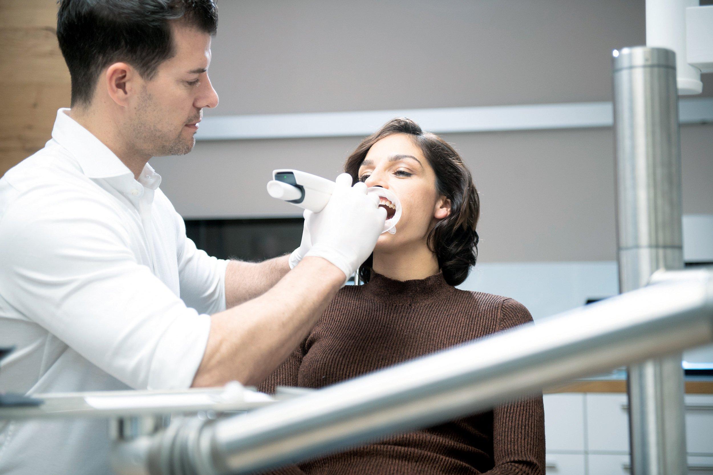 PrograScan One+ ottimizza il comfort dell'odontoiatra e del paziente.
