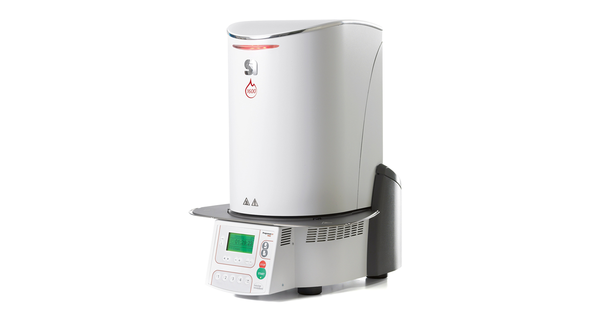 The sintering furnace Programat S1 1600 features a new speed program for IPS e.max ZirCAD Prime zirconium oxide.